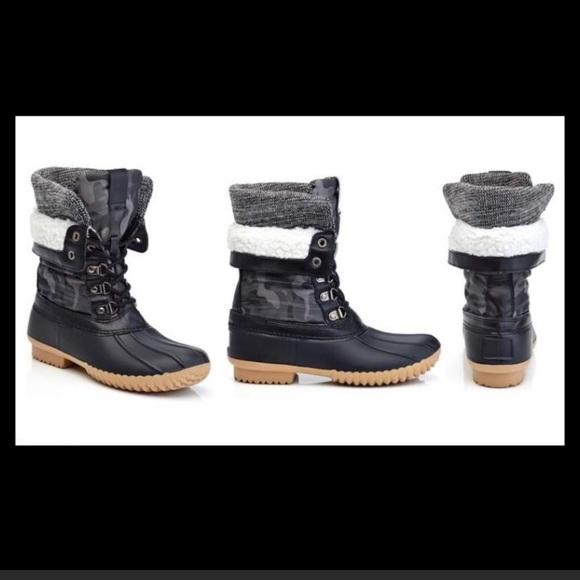 New Henry Ferrera Waterproof Duck Boots